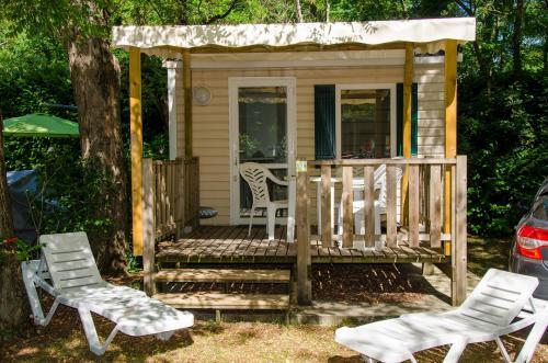 Mobil home pour séjour en amoureux en Ardèche