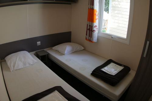 Mobil Home 2 chambres camping la Grand Terre 02