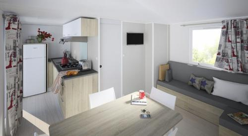 Mobil home Premium en Ardèche 03