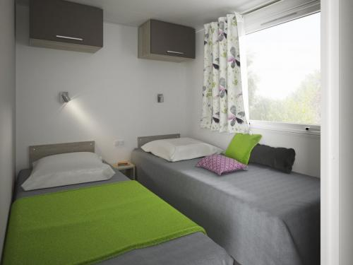 Mobil home Premium en Ardèche 01