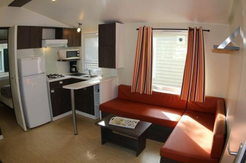 Mobil home 2 chambres en Ardèche 03