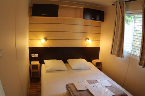 Mobil home pour couple en Ardèche 02